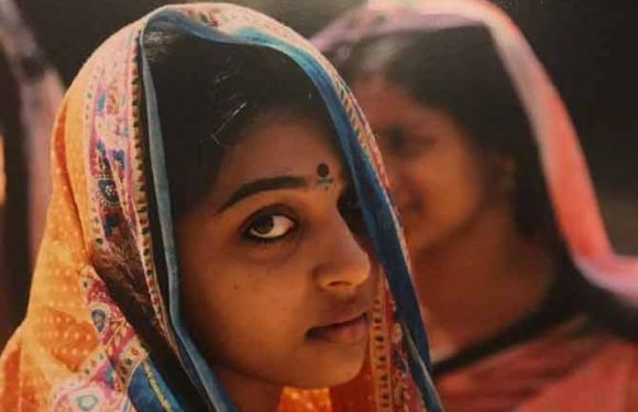 Meet Radhika Apte from the sets of her first film